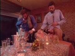 Никто не ожидал, что ория мжм закончит субботний ужин вечер двух мужчин и женщины
