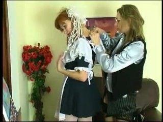 Учительница лесбиянка соблазнила свою ученицу, сама того не желая